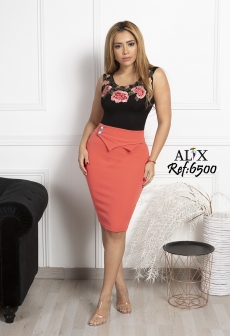 Falda color naranja